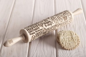 HAPPY BIRTHDAY - embossing rolling pin